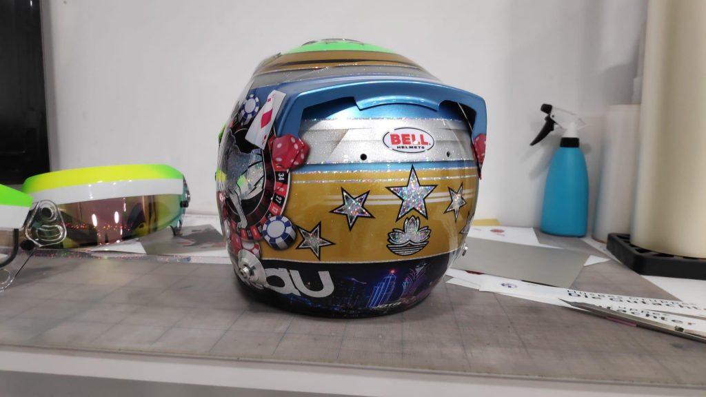 Pintura casco de carreras Bell HP7 EVOII