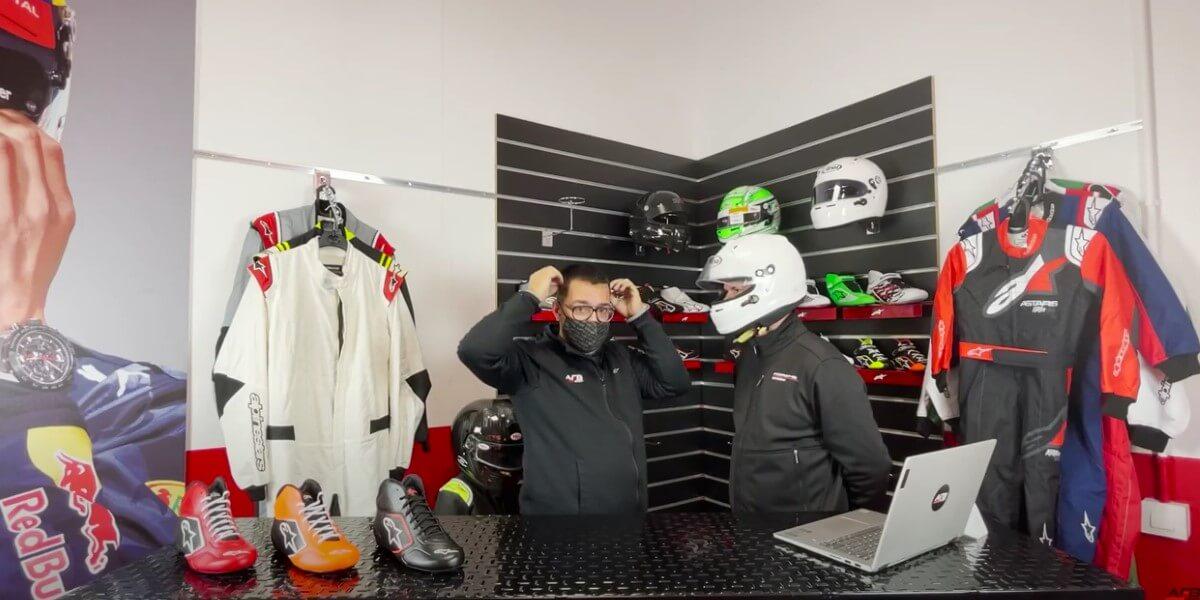 Como elegir talla casco para piloto de carreras