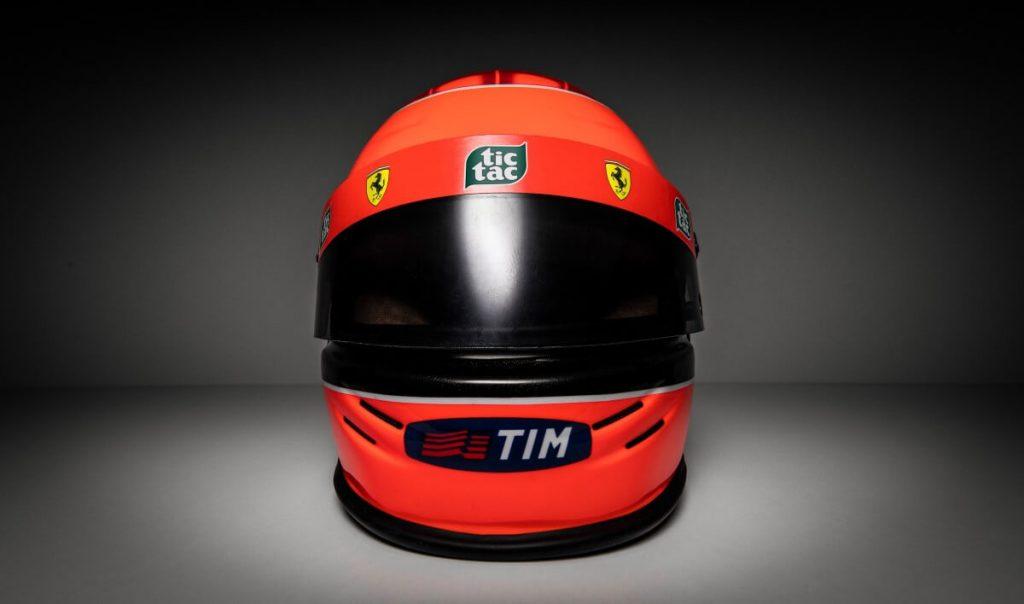 Vista frontal Michael Schumacher Mini Helmet GP JAPAN 2000