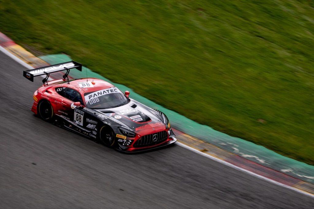 Ferrari gana la guerra estratégica a Audi para triunfar en Spa
