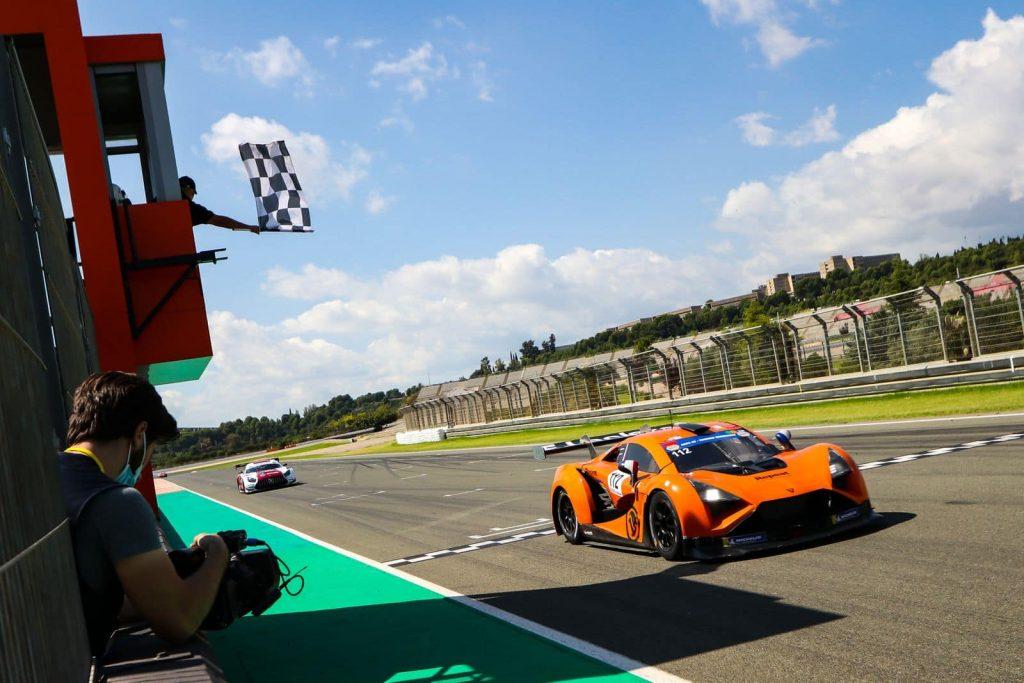 Vortex V8 Racing Weekend